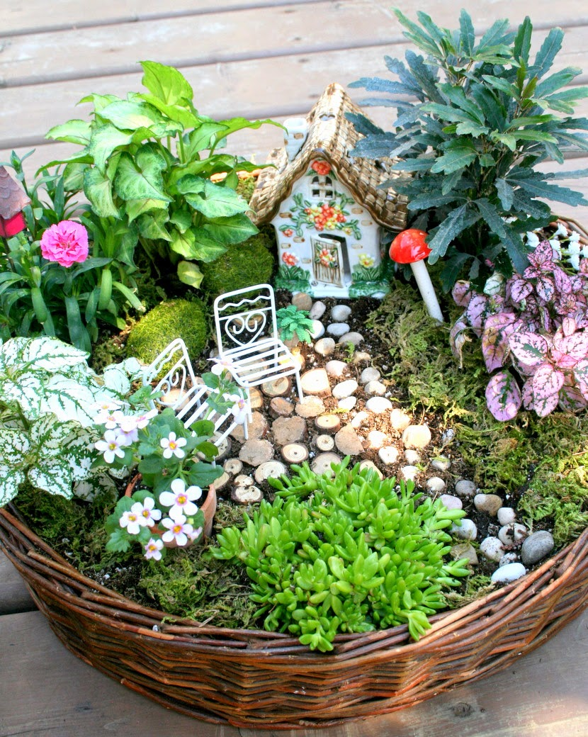 Fairy Garden Ideas: Great For Outdoor Garden Sales And Bazaars