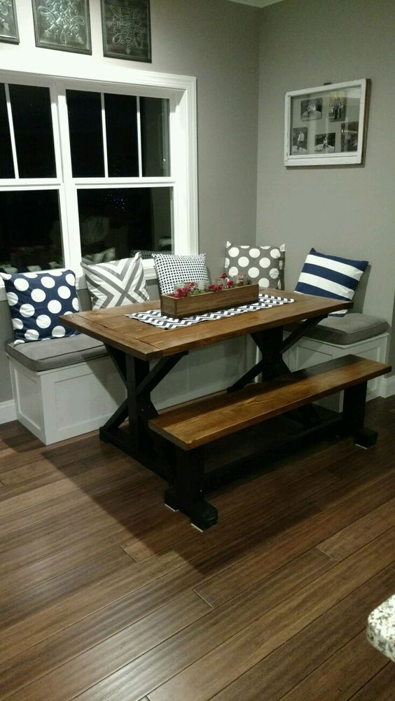 Breakfast Nook Seating