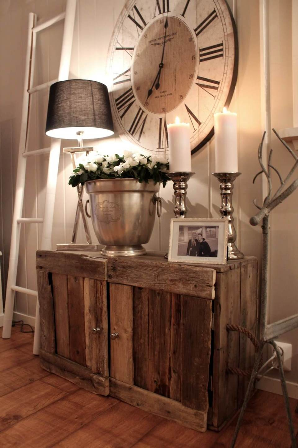 25 Rustic Entryway Decorating Ideas That Everyone Will Love
