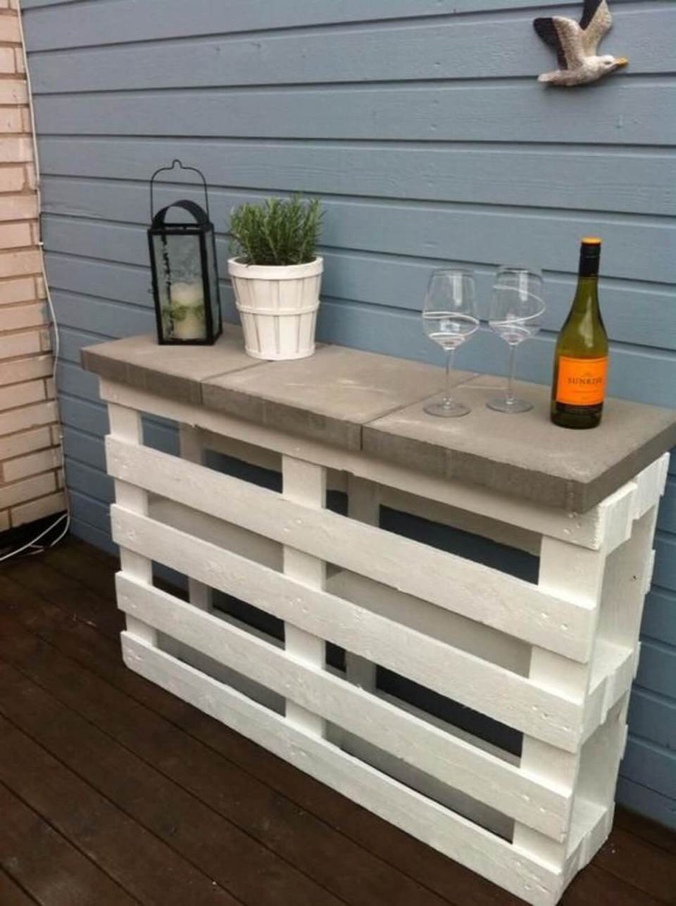 Upcycled Painted Pallet and Concrete Table