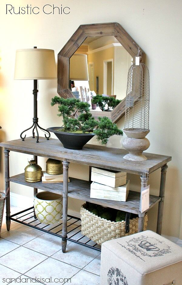 Emphasize Favorite Pieces with a Mirror