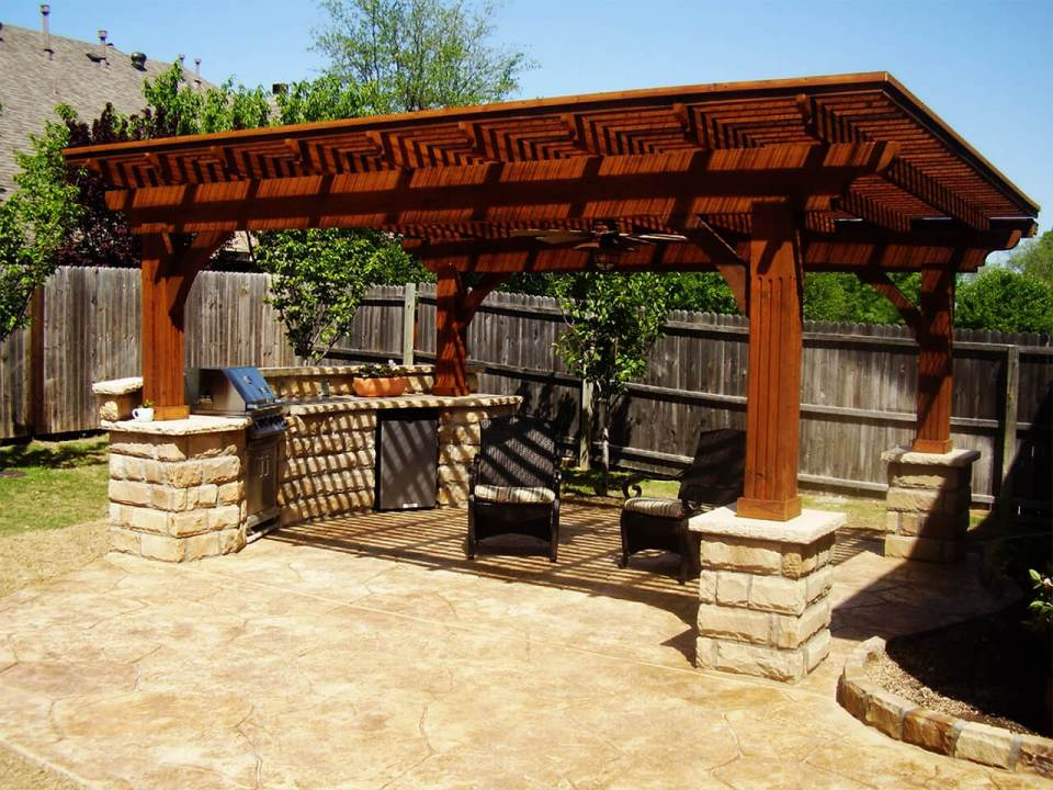 Patterned Mounted Gazebo With Simple Seating
