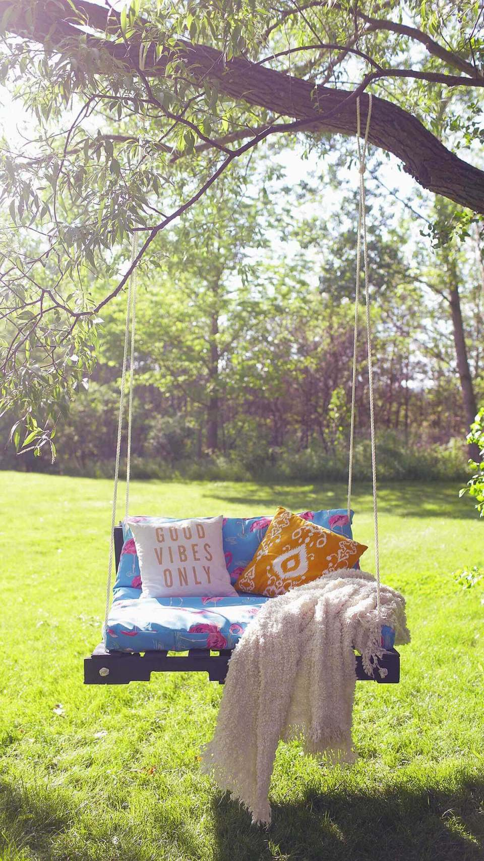 Cushioned Tree Swing for a Sunny Day