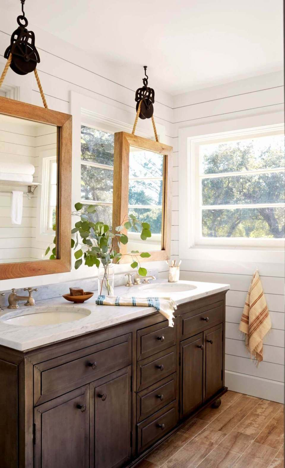 Dark Wood Bathroom with White Countertop
