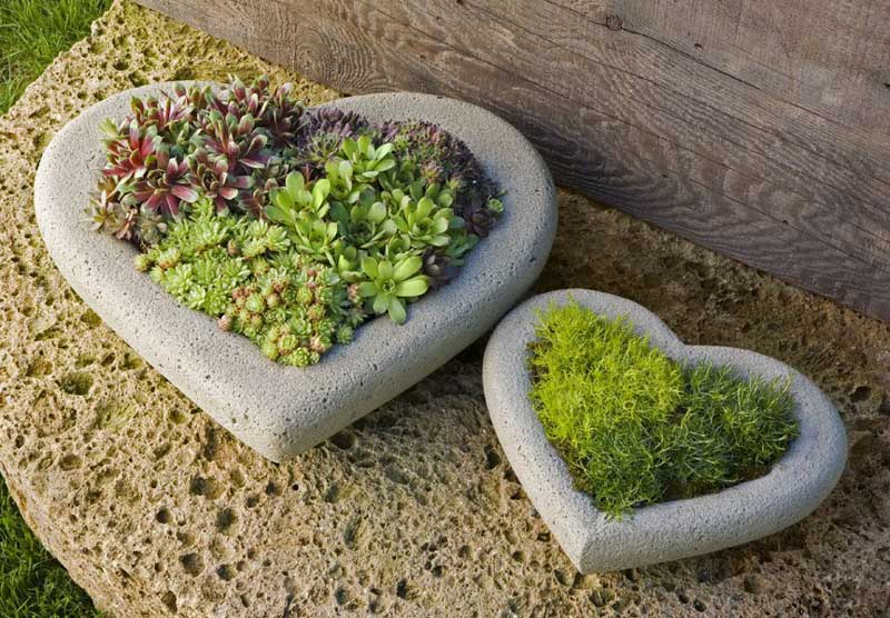 Stone Heart Garden Decorations