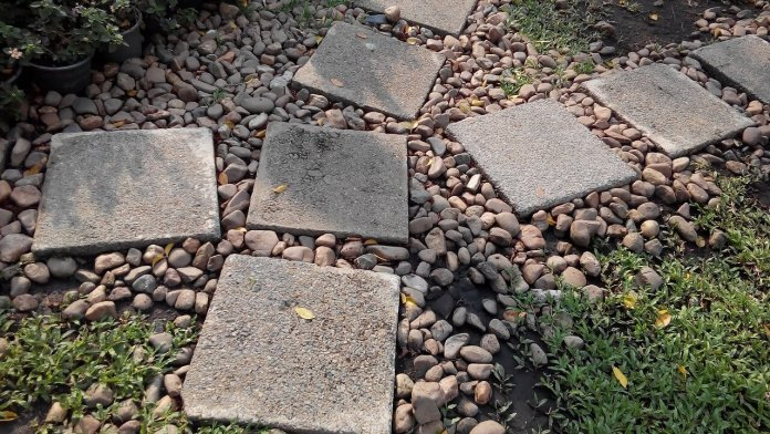 Stepping Stone Garden Path