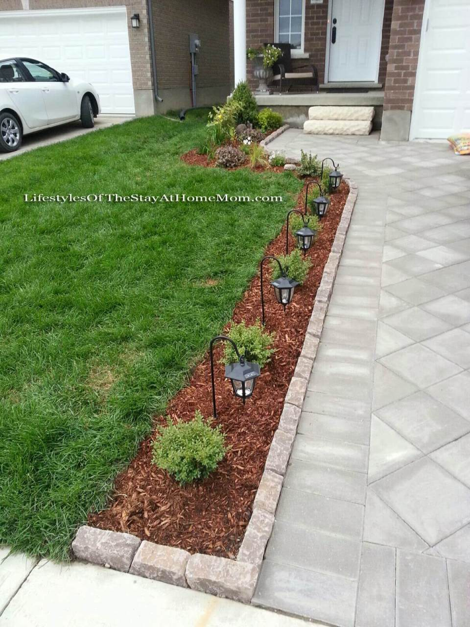 Simple Lighted Driveway Bed