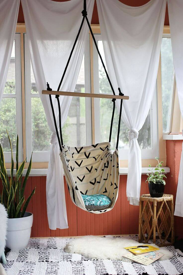 DIY Outdoor Furniture Projects: Rope Ladder Suspended Sailor Swing