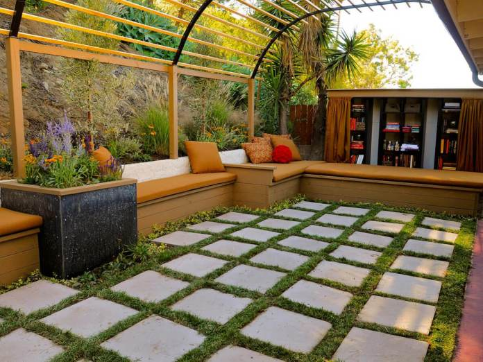 DIY Pergola Ideas: Greenhouse Design Pergola With Checkerboard Flooring