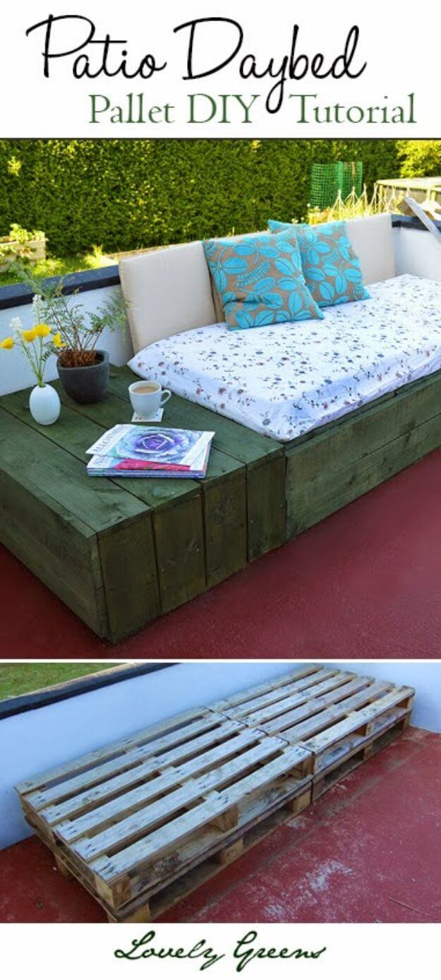 Outdoor DIY Bench Ideas: Soft and Comfortable Patio Pallet Daybed