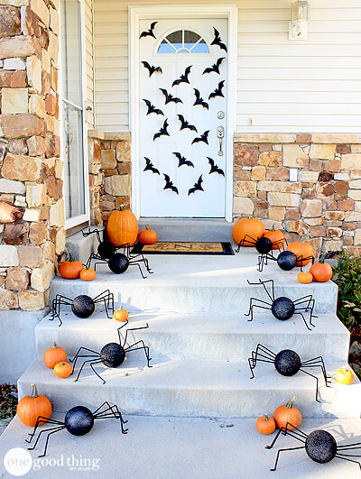 Halloween Door Decoration Ideas: Oh My!