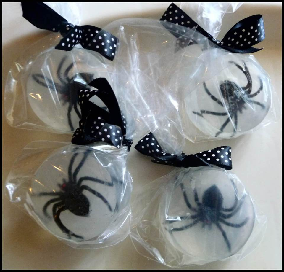 Melt-and-pour Spider Soaps | Fun & Creative DIY Halloween Crafts for Kids