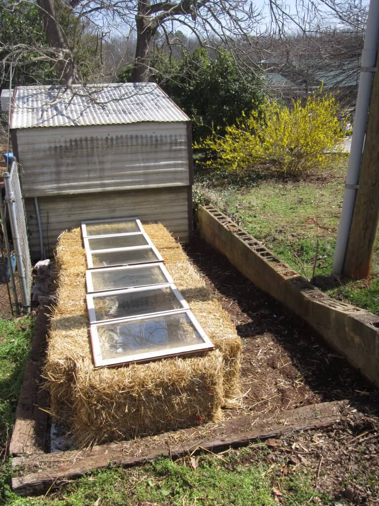 Gardening Warmth in the Hay Bales | Build a beautiful outdoor greenhouse | Creative Greenhouse DIY plans