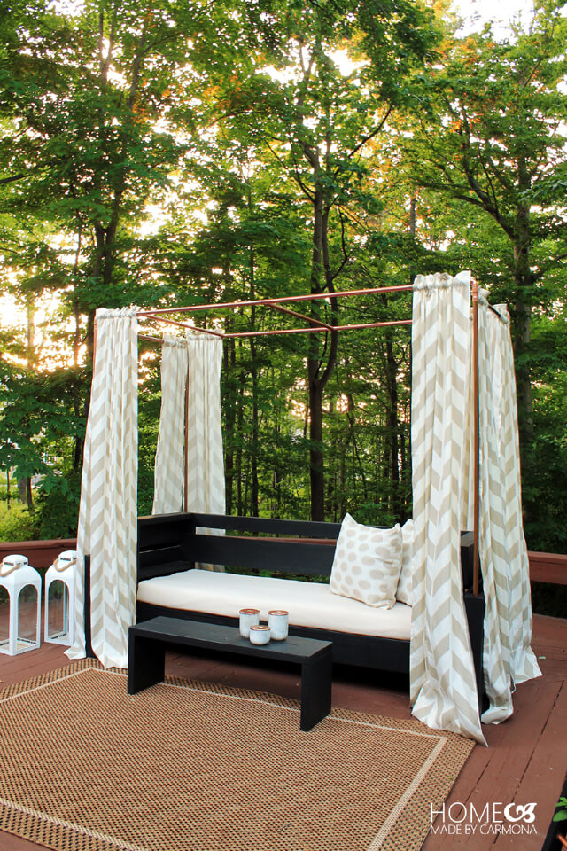 Outdoor DIY Bench Ideas: Exotic and Luxurious Canopy Bench