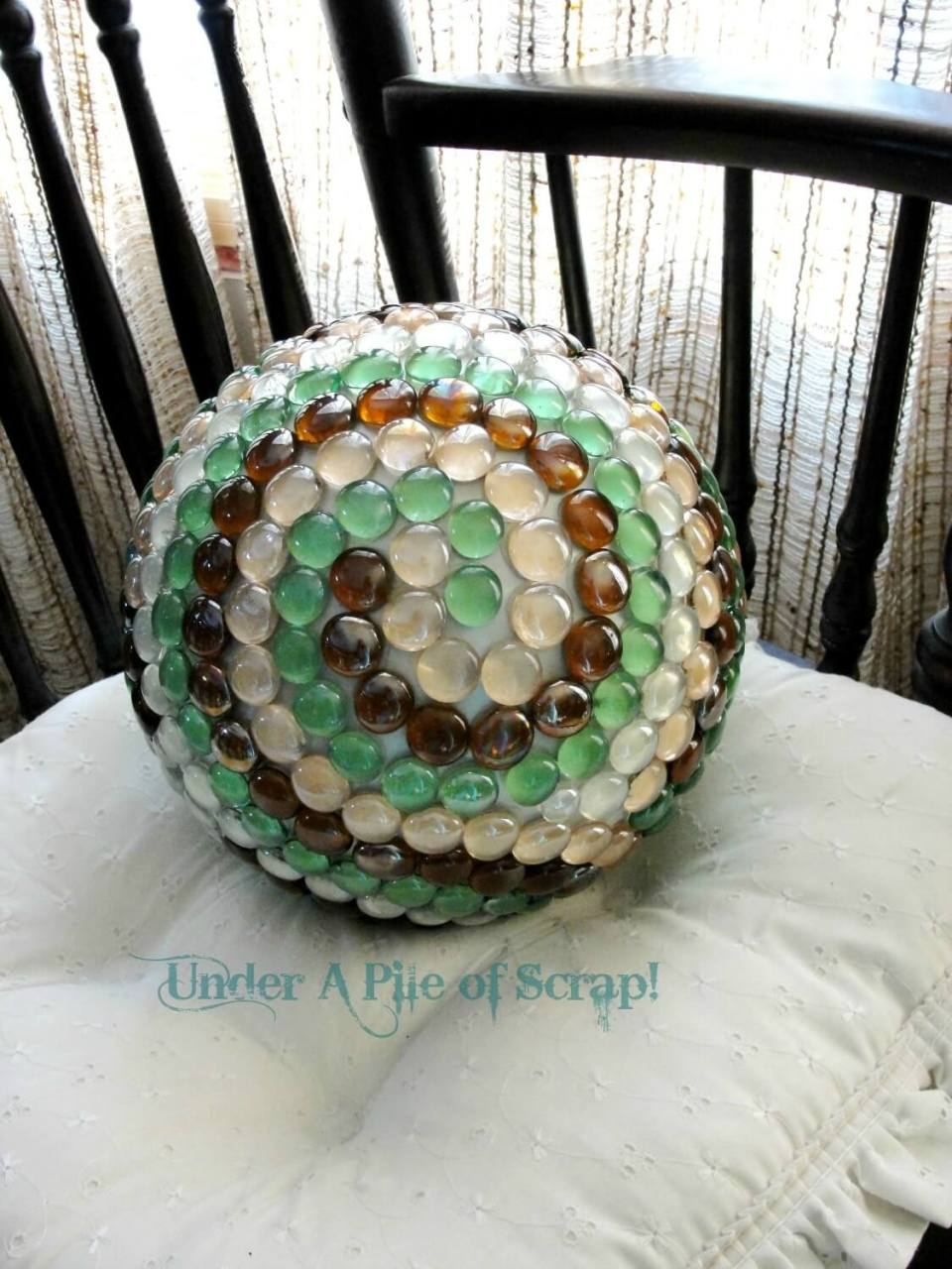 Swirling Design with Glass Gems | DIY Garden Ball Ideas
