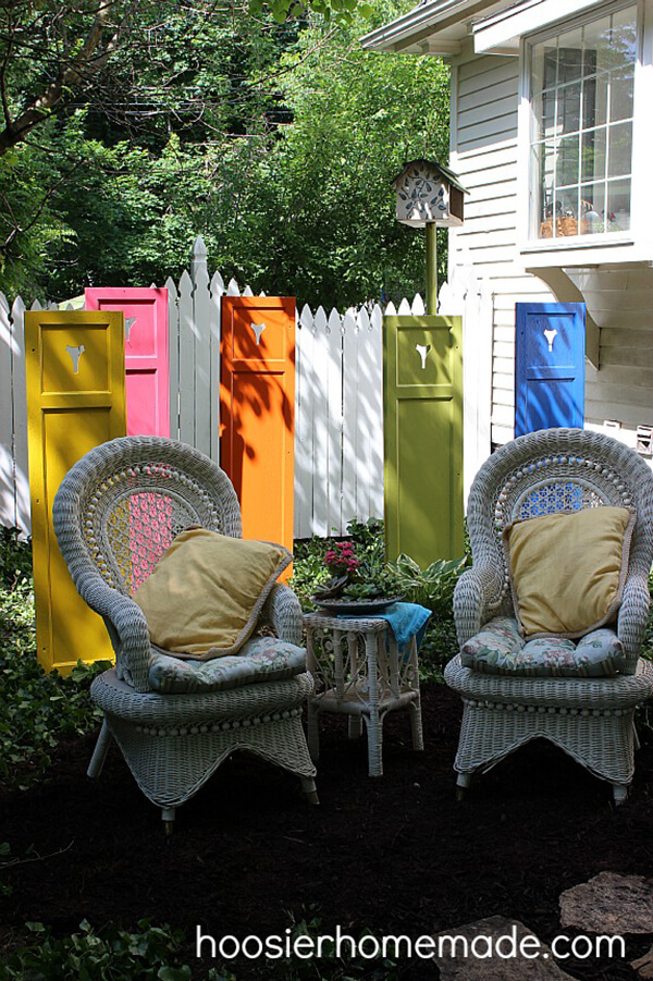 Standing Shutters in All Colors | DIY Painted Garden Decoration Ideas