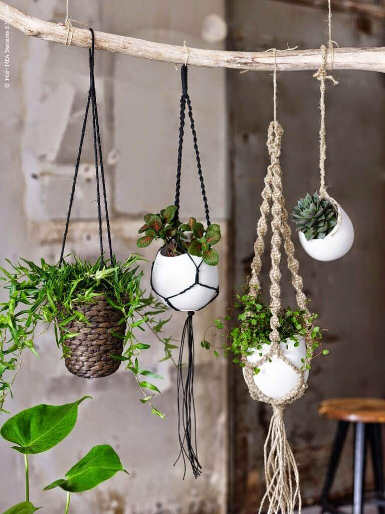 Outdoor Hanging Planter Ideas for Small Spaces | DIY Outdoor Hanging Planter Ideas | Plant Pot Design Ideas