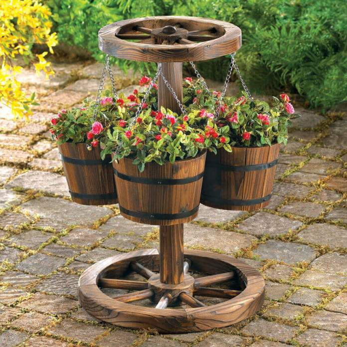 Western Wagon Wheel Hanging Planter Stand | DIY Outdoor Hanging Planter Ideas | Plant Pot Design Ideas