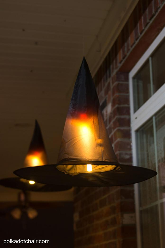 Spooky Floating Hats | Scary DIY Halloween Porch Decoration Ideas | vintage halloween porch