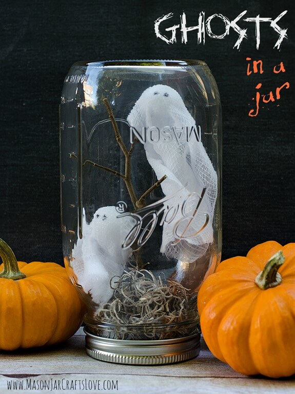 Ghost Town in a Mason Jar | DIY Indoor Halloween Decorating Ideas