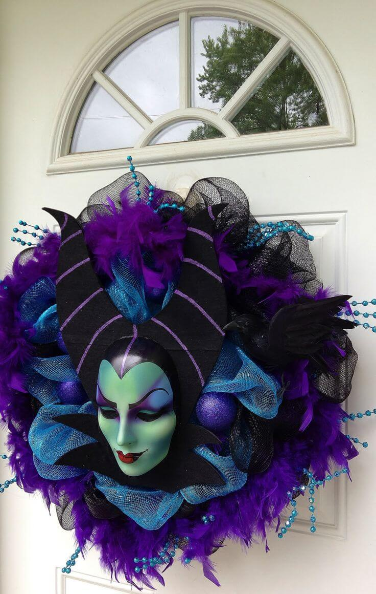 Halloween Door Decoration Ideas: Maleficent Halloween Wreath Door Decoration