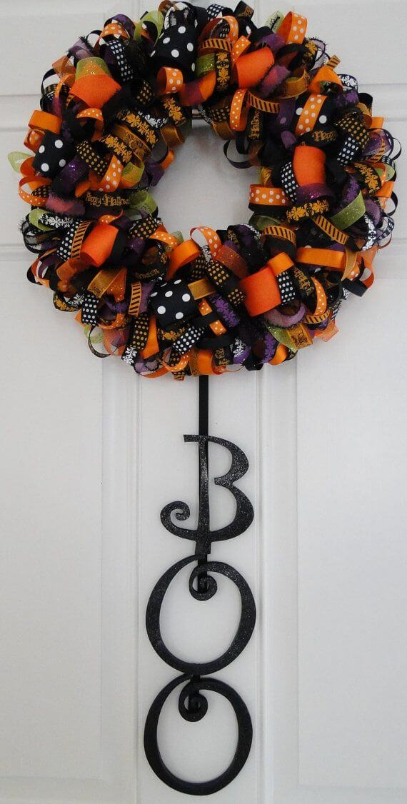 Halloween Door Decoration Ideas: Wreath It Up