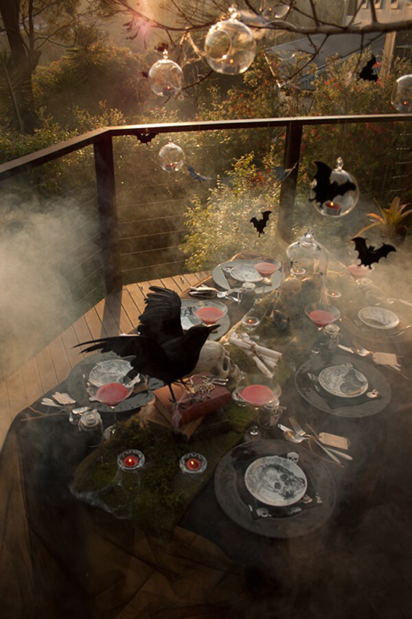 Halloween Tablescape | Fun & Spooky Halloween Table Decoration Ideas - FarmFoodFamily.com