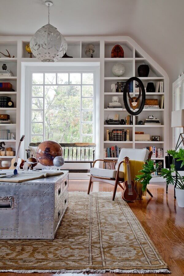 A Dude's Mix Of Antique, Mid-Century And Bohemian Style | Bohemian Chic Interior Design Ideas | FarmFoodFamily.com