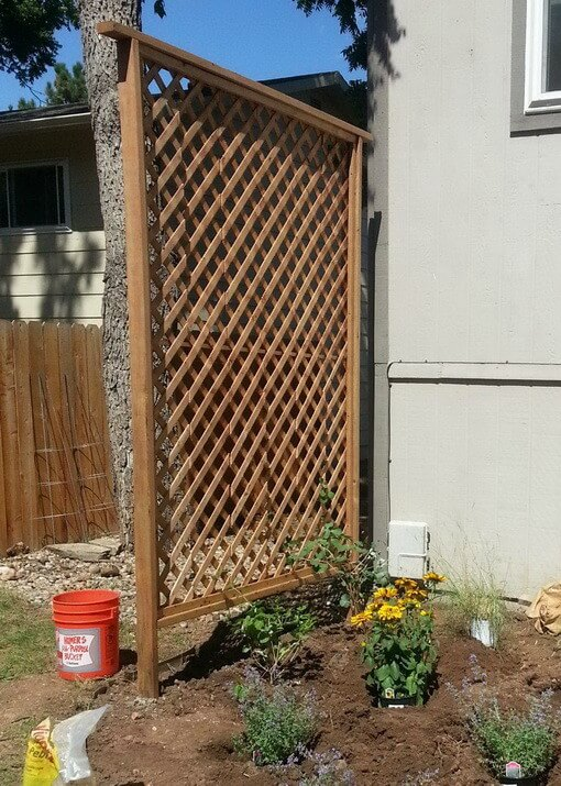 Privacy Trellis | Up-cycled Trellis Ideas For Garden
