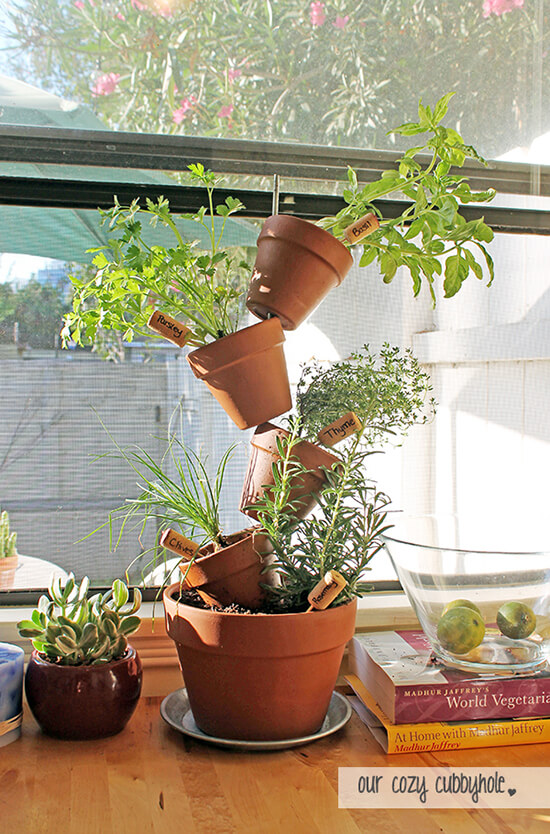 Vertical Herb Garden | Smart Mini Indoor Garden Ideas DIY - FarmFoodFamily.com