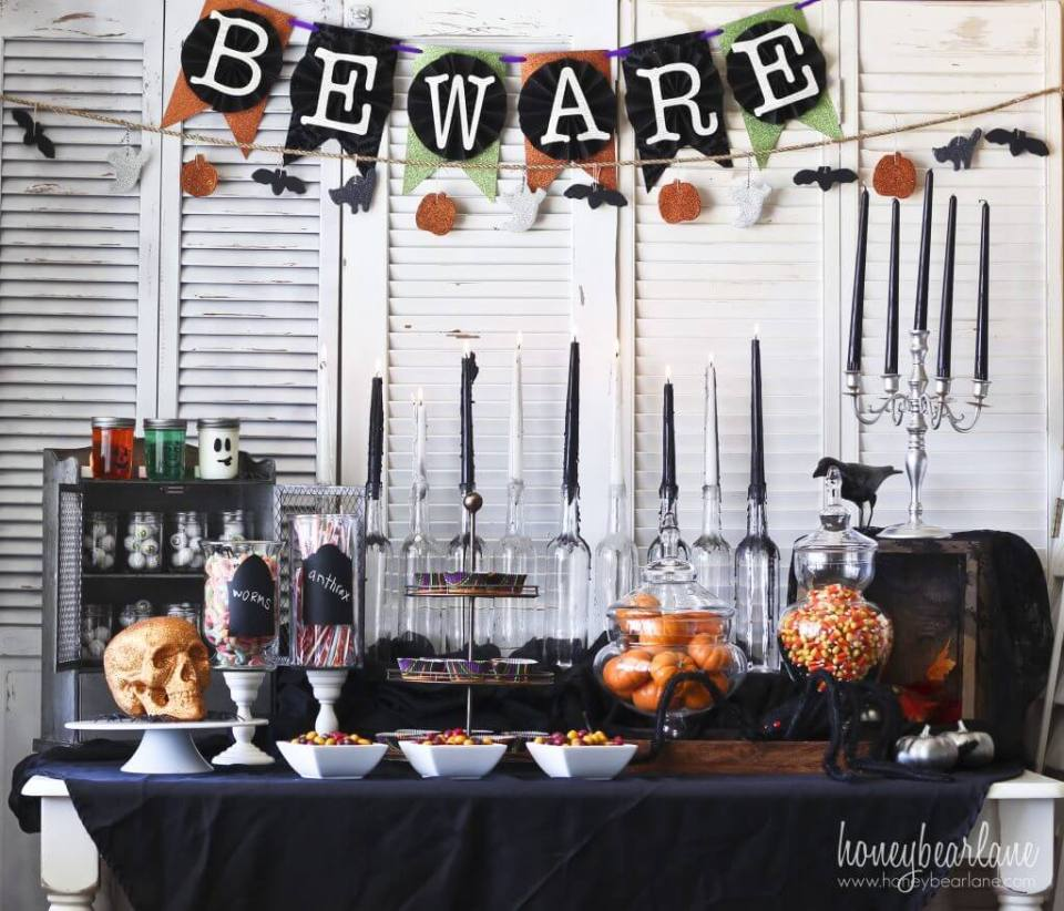 Halloween Party setup | Fun & Spooky Halloween Table Decoration Ideas - FarmFoodFamily.com