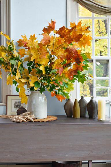 Casual Arrangement | Best DIY Fall Centerpiece Ideas | FarmFoodFamily.com