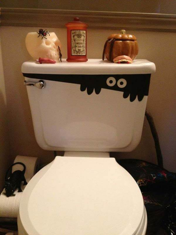 Cute Toilet Monster | Last-Minute Halloween Crafts and Hacks | FarmFoodFamily.com