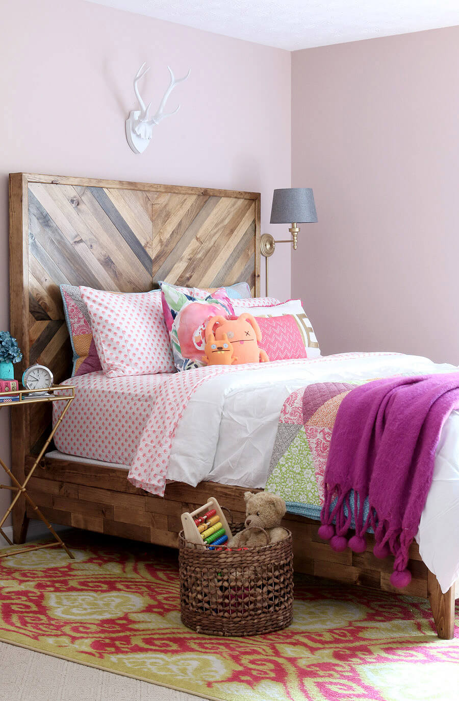 Robust Wooden Chevron Headboard | DIY Headboard Decoration Ideas for Bedroom