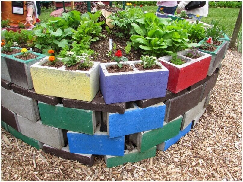 Colorful Block Garden Bed | Cool Round Garden Bed Ideas For Landscape Design - FarmFoodFamily.com #raisedgarden #raisedgardenbed #gardenbed