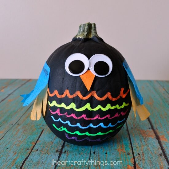 Owl Pumpkin | No-Carve Pumpkin Decorating Ideas For This Halloween