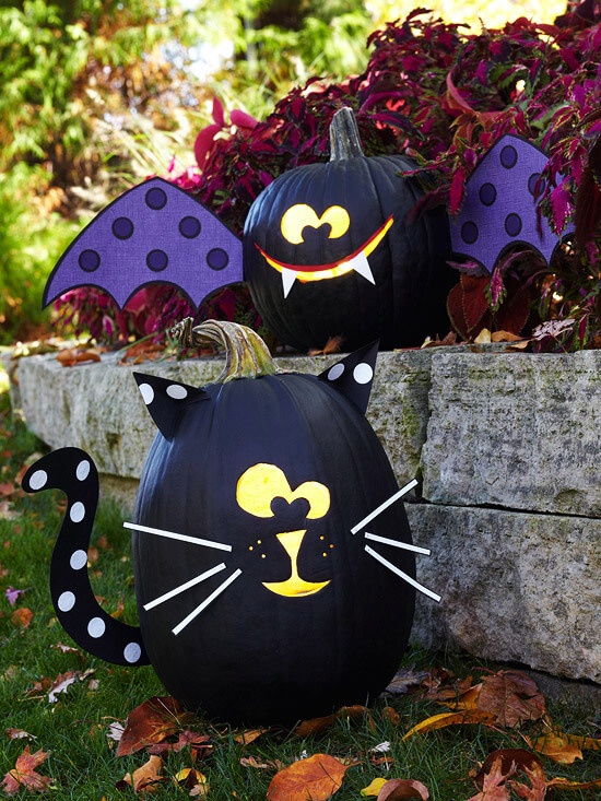 Black Cat & Bat Pumpkins | No-Carve Pumpkin Decorating Ideas For This Halloween