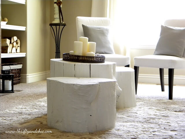 Wood Log Coffee Table | DIY Wood Tree Log Decor Ideas - FarmFoodFamily.com
