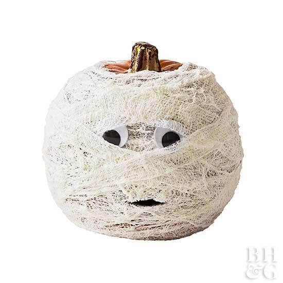Mummy Pumpkin | No-Carve Pumpkin Decorating Ideas For This Halloween