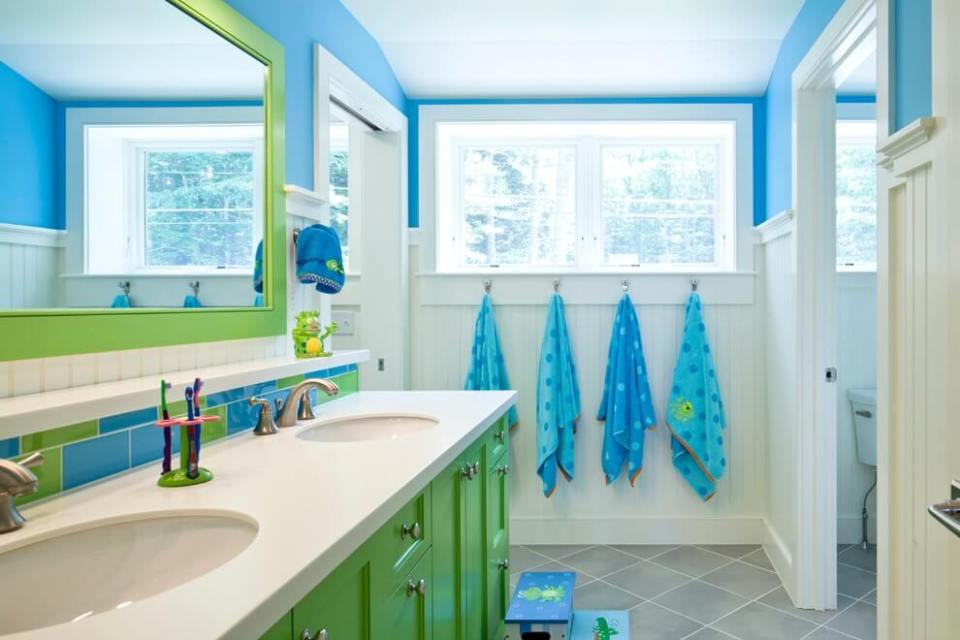 Kid's bathroom accessories with toothbrush holders | Kids Bathroom Décor Tips: Decorating Ideas for a Child's Bathroom