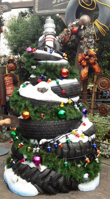 Christmas Tree of Cars Land | Best Recycled Tire Christmas Decoration Ideas | FarmFoodFamily.com