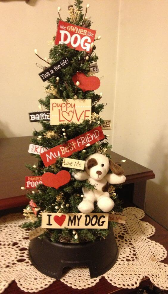 10 Christmas Tree Ideas With a Doggy Theme