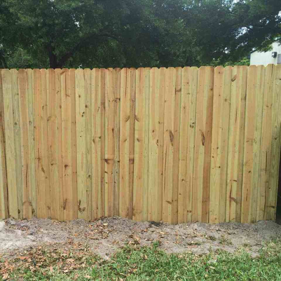 Winter Garden Fence Repair | Winter Garden & DIY Tips for Keen Home Gardener | FarmFoodFamily.com