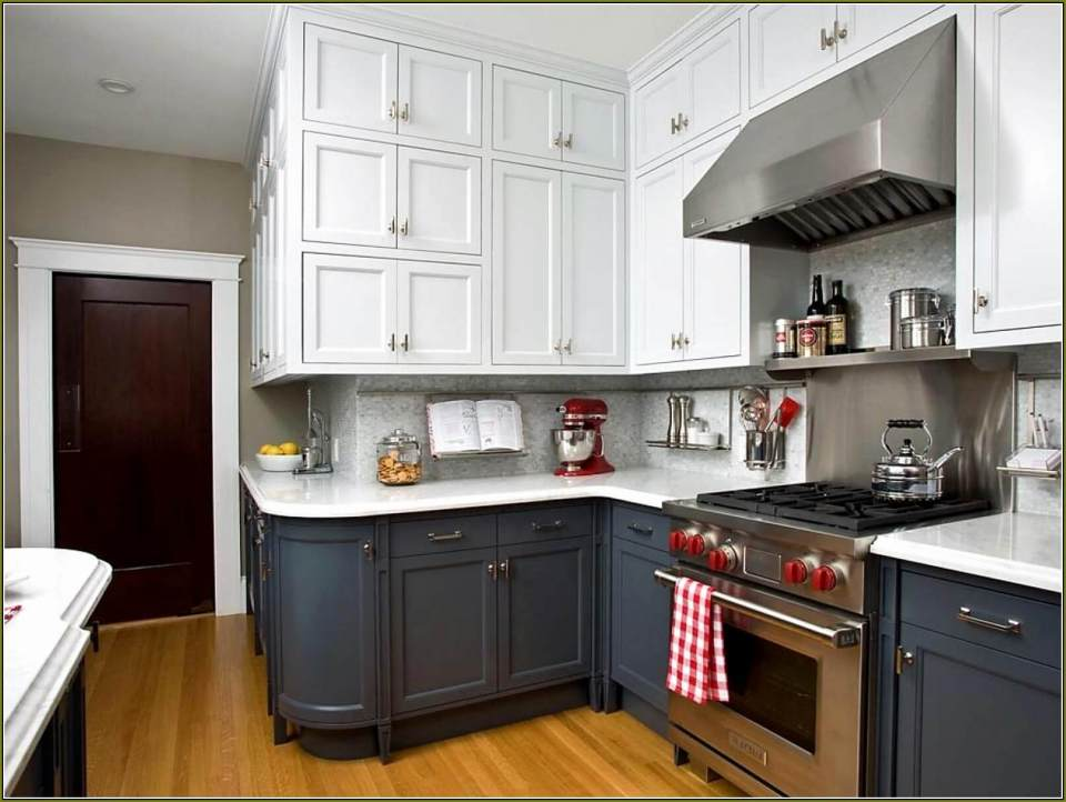 Black and White Kitchen Cabinet | Best White Kitchen Cabinet Decor Ideas