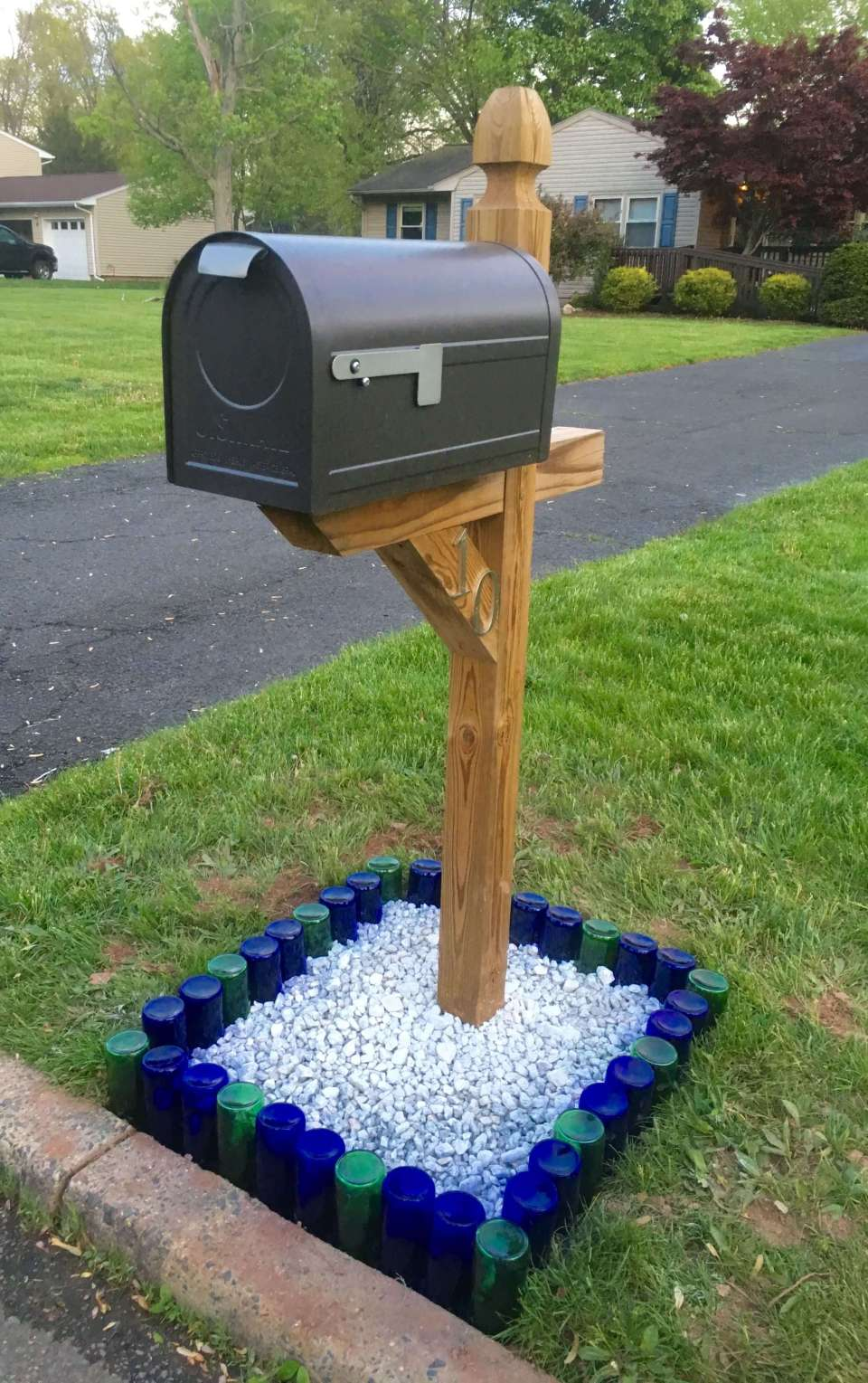 Mailbox around by bottle raised bed | Best Mailbox Landscaping Ideas