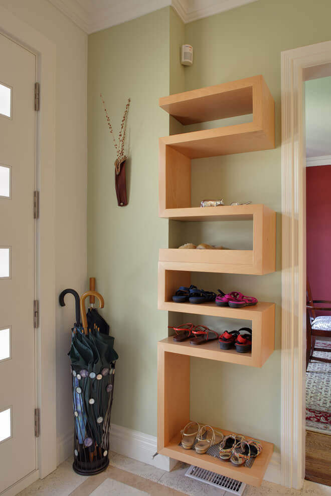 Wall-mounted shelving | Best Small Entryway Decor & Design Ideas | Small Mudroom Ideas | FarmFoodFamily.com