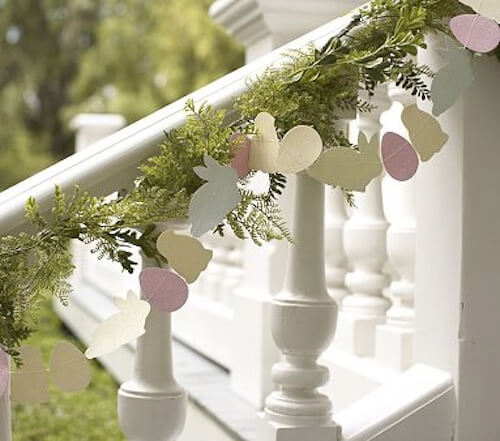 Easter Glitter Garland | Best Easter Porch Decorating Ideas