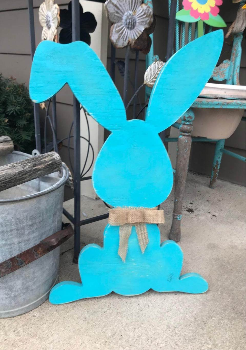 Easter bunny door hanger | Best Easter Porch Decorating Ideas
