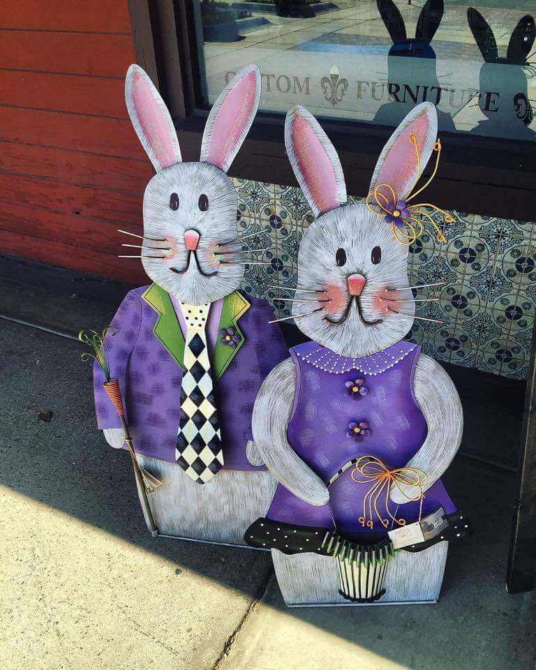 Rabbit Couple | Best Easter Porch Decorating Ideas