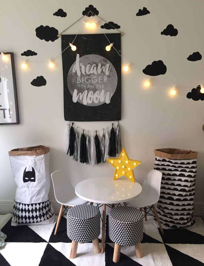 Mainly monochrome | Best Fairy Light Decoration Ideas